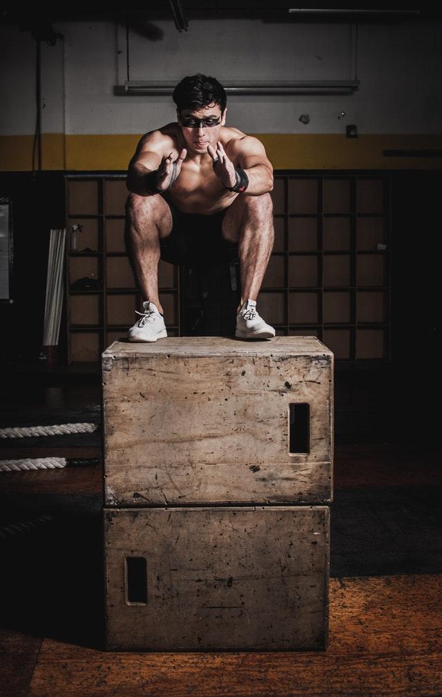 beintraining mit box squat